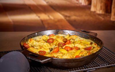 Tortellini in Frischkäsesauce mit Spinat und Tomaten